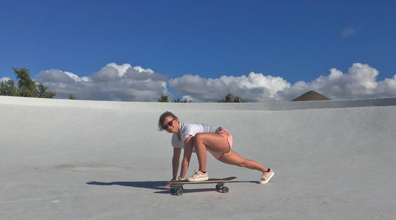 Gleichgewichtstraining Skateboard Workout
