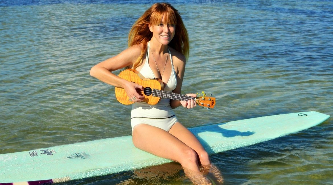 Siren Williams - Surfer Singer Songwriter