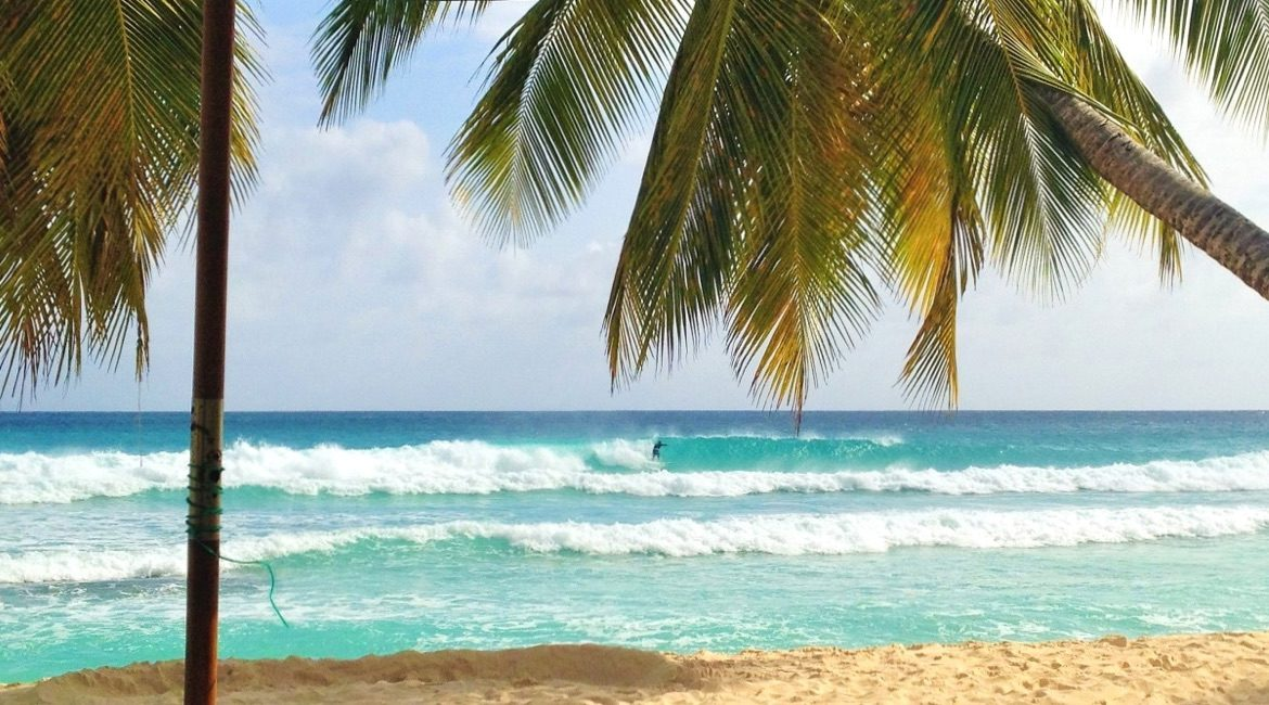 Barbados surfen (Foto by Barrys Surf School)
