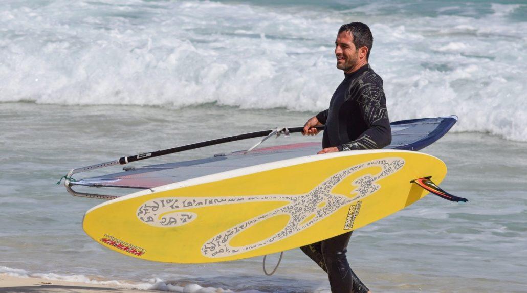 Windsurfen lernen - Neoprenanzug