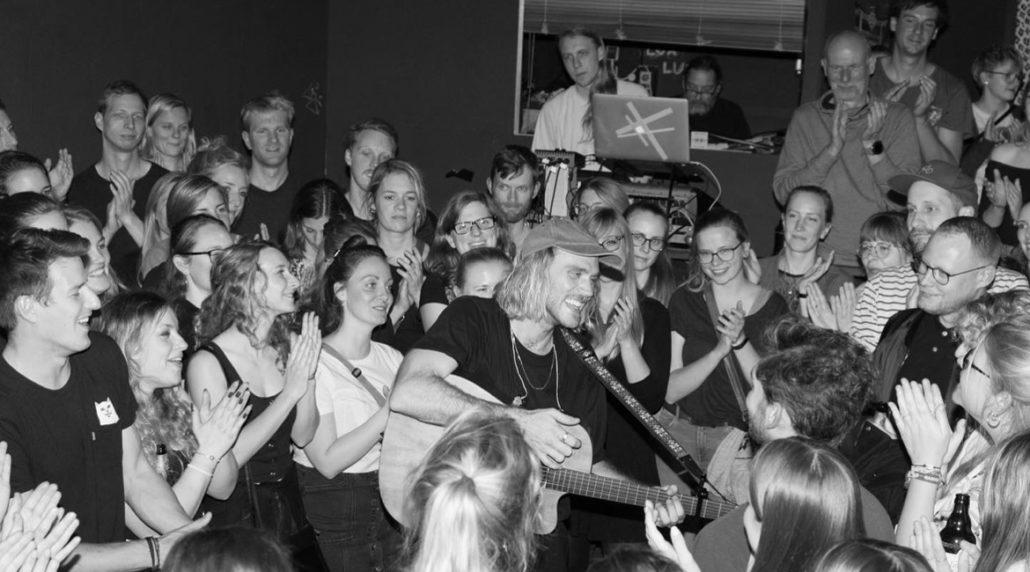 Jules Ahoi auf einem Konzert im LUX, Hannover